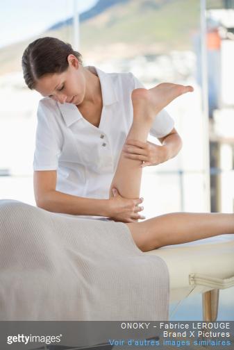 Des séances de massages peuvent permettre de  soulager l'arthrose.